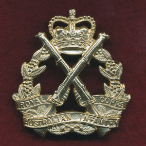 RA INF - Hat Badge ca 1980s