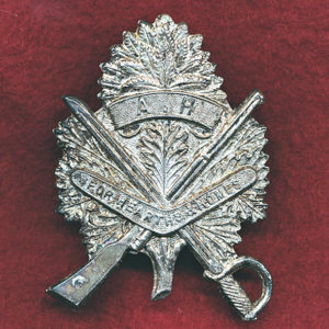 7  LHR Hat Badge