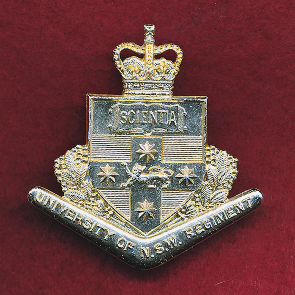 UNSWR - Hat Badge  (A/A)  (S & H)