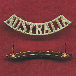 AUSTRALIA Shoulder Title (45mm)  (Gilt)