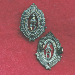 6 INF BN Collar Badge (30/42)