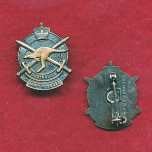 Army Reserve Lapel pin