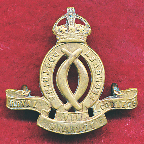 Hat/Cap /Collar Badge - RMC  (12/18)