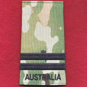Flight Lieutenant rank slide - RAAF (Multicam)