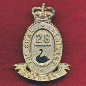 28 INF BN Hat badge (Swan Regt) (53/60)