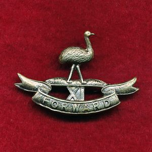 11 LHR (Darling Downs LH) Collar Badge (w/R)  (30/42)