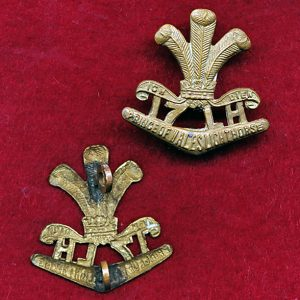17 LHR (PWLH) Collar Badge (Brass)  (30/42)