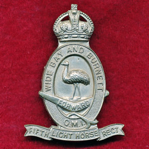 5 LHR Hat Badge  (30/42)