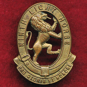 9 LHR (Flinders Light Horse) Collar Badge (w/R) (30/42)