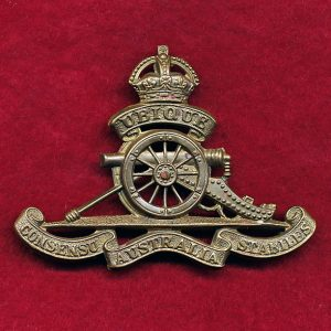 Hat Badge - Royal Australian Artillery Regiment  (30-42)