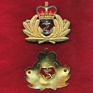 Officers Hat Badge - RAN  (post 97)