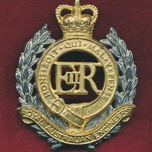 Hat Badge - RAE (53/60s)