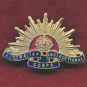 Instructional Corps (Aust) Collar Badge  (30/42) (Officers)