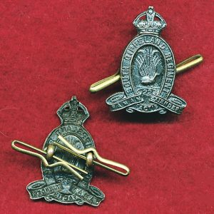 22 INF BN Collar Badge (w/R) (South Gippsland Regt.) (30/42)