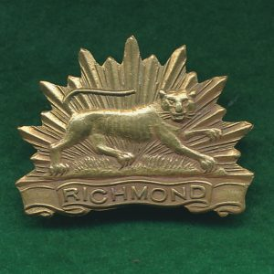 22 INF BN Collar Badge (w/R) (Richmond Regt.)