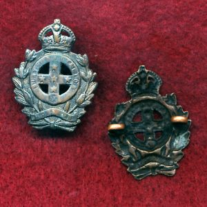 9 INF BN Collar Badge (Moreton Regt.) (30/42)