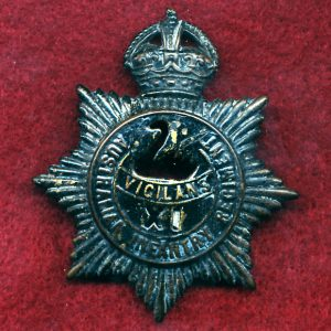 11 INF BN - Hat Badge (30/42)