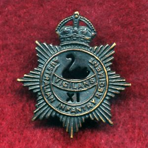 11 INF BN - Collar Badge (w/L)