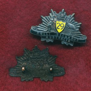 29 INF BN Collar Badge (East Melbourne Regt.) (30/42)