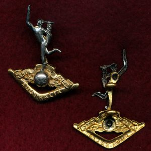 Collar Badge - RA SIGS (53/60) (w/L)