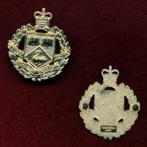 WAUR - Collar Badge  (60s/90s) (w/L)