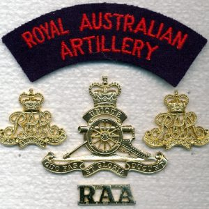 Hat, Collars and Titles set - RAA  (ORs) (A/A)