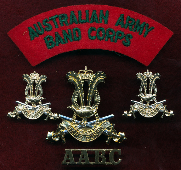 Hat, Collar and Titles set - AABC (A/A)
