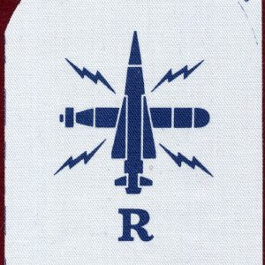 "Navy Rating Patch ""R""    V087 139-9326"