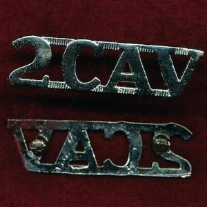 2 CAV REGT -  Metal Shoulder Title (A/A)