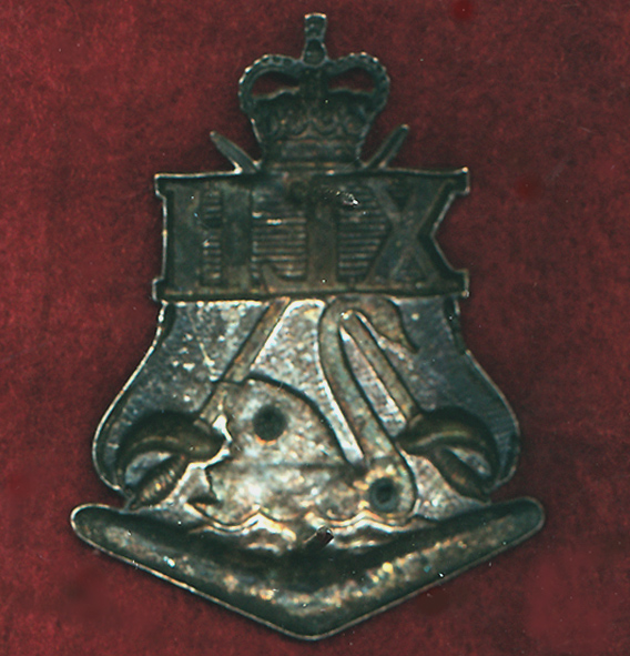 10th Light Horse Regiment Hat Badge (65/96)