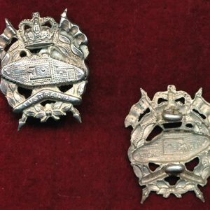 RAAC - Collar Badge (w/L)  (53/60)   (Var 3)