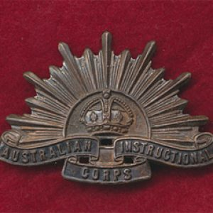 Australian Instructional Corps Hat Badge  (30/42)